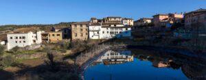 casas rurales en el pirineo con piscina-compressed