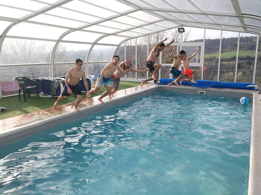 cumpleaños piscina y barbacoa alquiler en huesca
