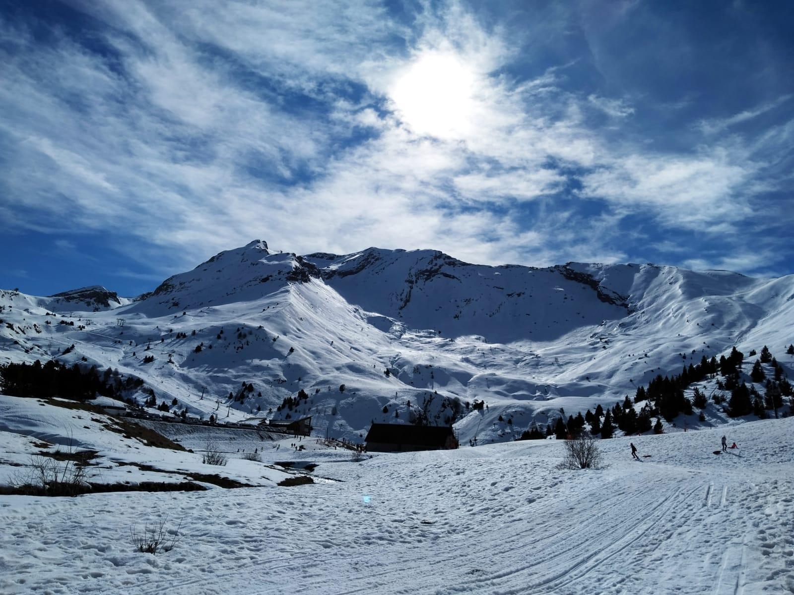 casa rural pirineos nieve cerler esquiar